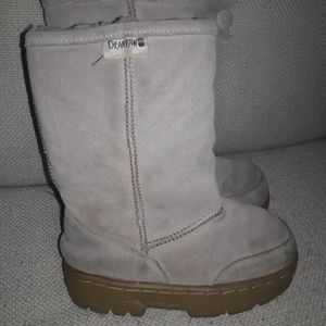 Toddler girls sz 11 Bear Paw Leather boots